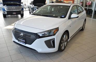 2017_Ioniq_White_Milton_Hyundai (1)