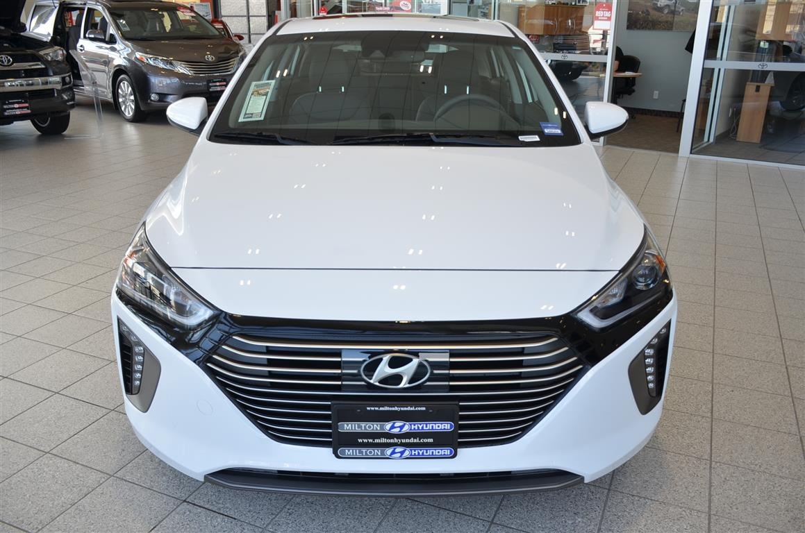 2017 Hyundai Ioniq Front @ Milton Hyundai in Ontario