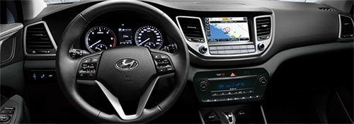 2017-Hyundai-Tuscon-int