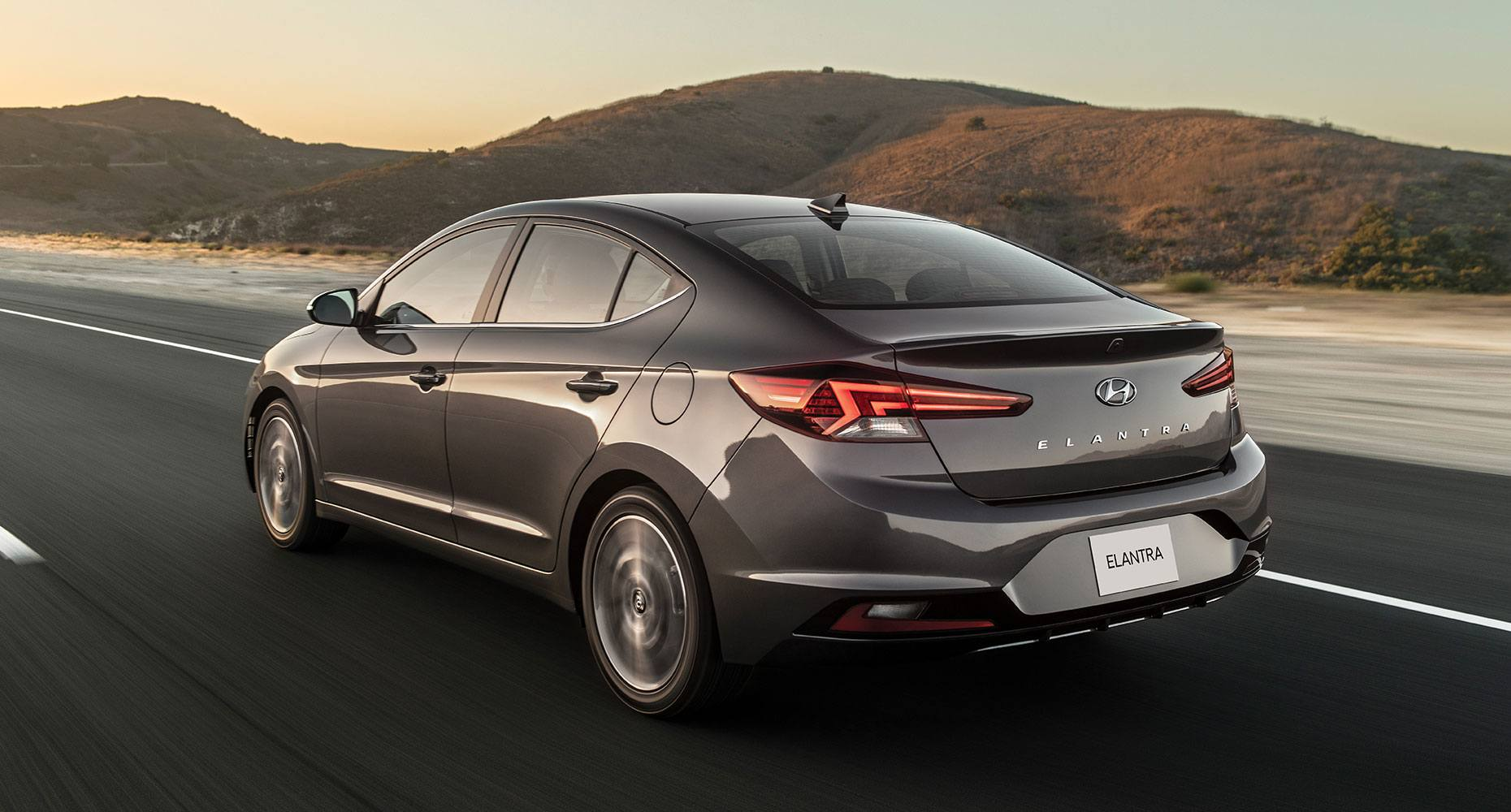 2019 Hyundai Elantra Back@ Milton Hyundai